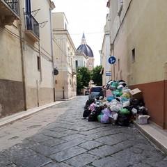 emergenza rifiuti cerignola