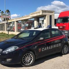 Carabinieri sequestrano autodemolizione