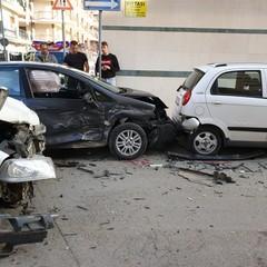 incidente a Cerignola quartiere Scarafone le auto