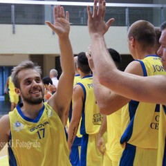 Ingresso in campo Basket Club citta di Cerignola