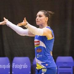 Valentina Martillotti incita il pubblico
