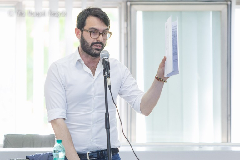 Sgarro: «Le dieci ultime, drammatiche bugie di Metta su SIA. Oramai amministra la città dal suo profilo facebook»
