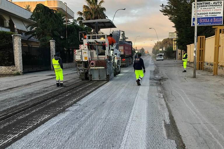 Lavori rifacimento manto stradale