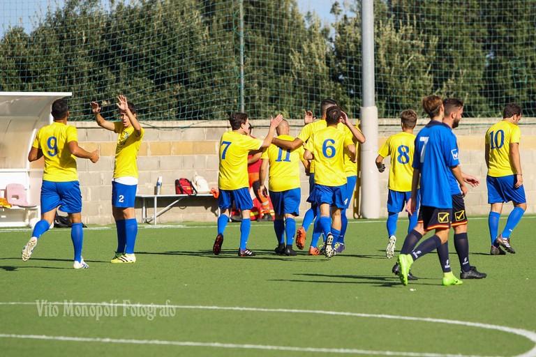 Esultanza Gioventu Calcio Cerignola (Foto Vito Monopoli)