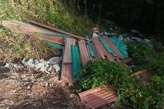 Foto trappole in città per sanzionare l'abbandono illecito di rifiuti.
