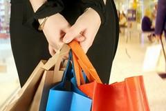I pugliesi spendono di più per mangiare, bere e vestirsi