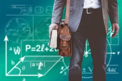 Nuovo anno scolastico e vecchi problemi, all'appello mancano i docenti