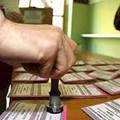 Nel seggio elettorale sottratta l'arma di servizio a finanziere