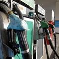 Impianti privati di carburante senza regole in materia di lavoro