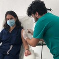 V-day, oggi la seconda dose ai primi vaccinati a fine dicembre 2020