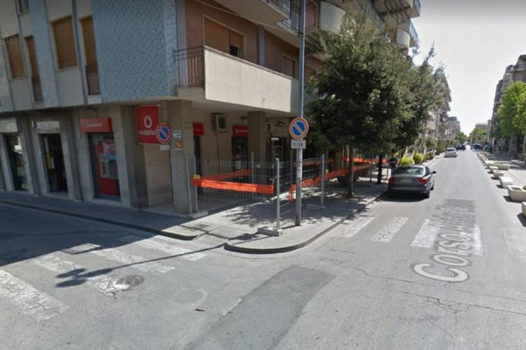 Rapina al centro Vodafone Cerignola