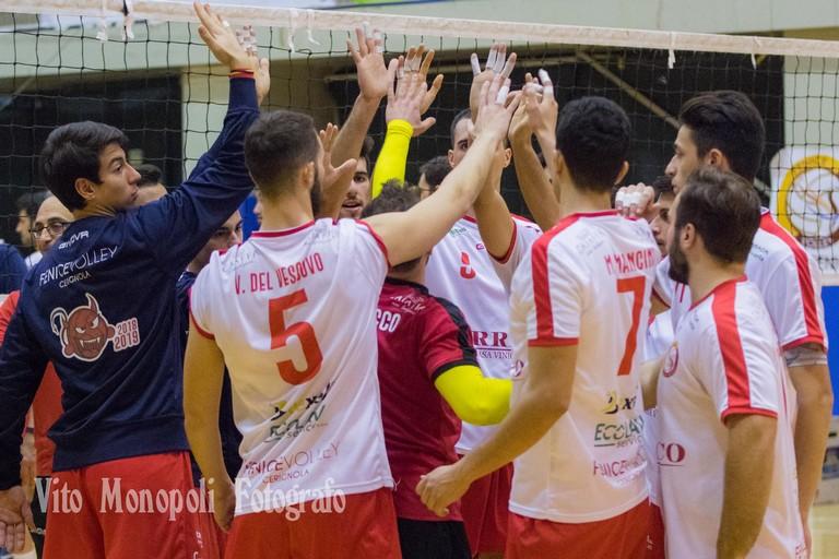Esultanza Fenice Volley. <span>Foto Vito Monopoli</span>