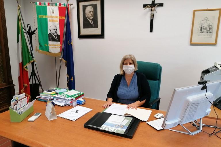 Giuliana Colucci,  dirigente scolastica del liceo Zingarelli. <span>Foto Liceo Zingarelli</span>