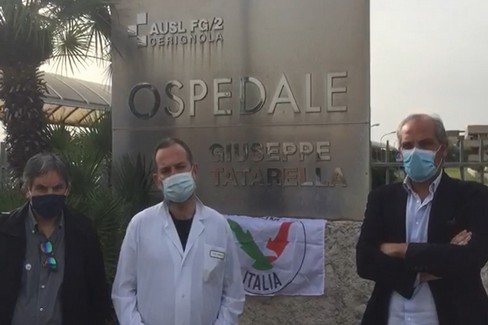 """""""L'Altra Italia """" protesta a Cerignola contro il sistema ospedaliero"""