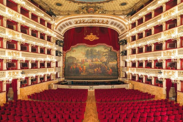Il teatro San Carlo meraviglia dell'umanità