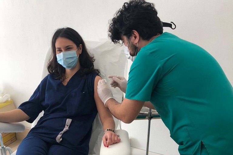 Vaccini al Policlinico Riuniti di Foggia